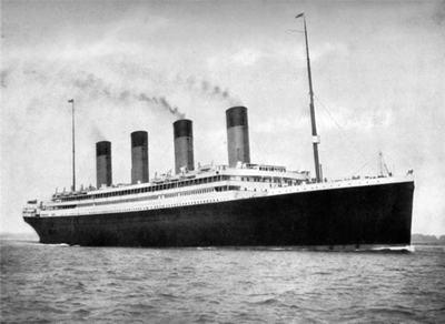 为什么泰坦尼克号会沉?泰坦尼克号沉没