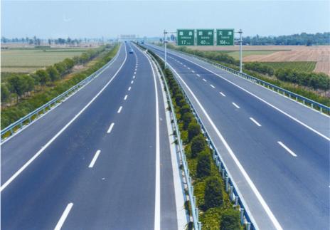 为什么高速公路没有很长的直线段?